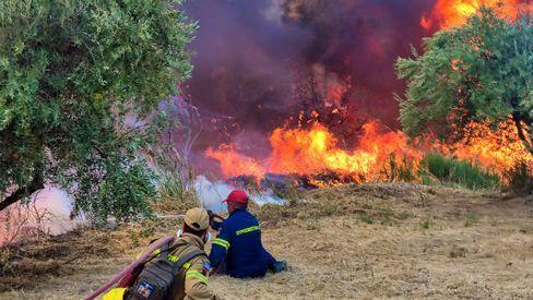 Firefighters in Xelidoni village, Peloponnese, Greece